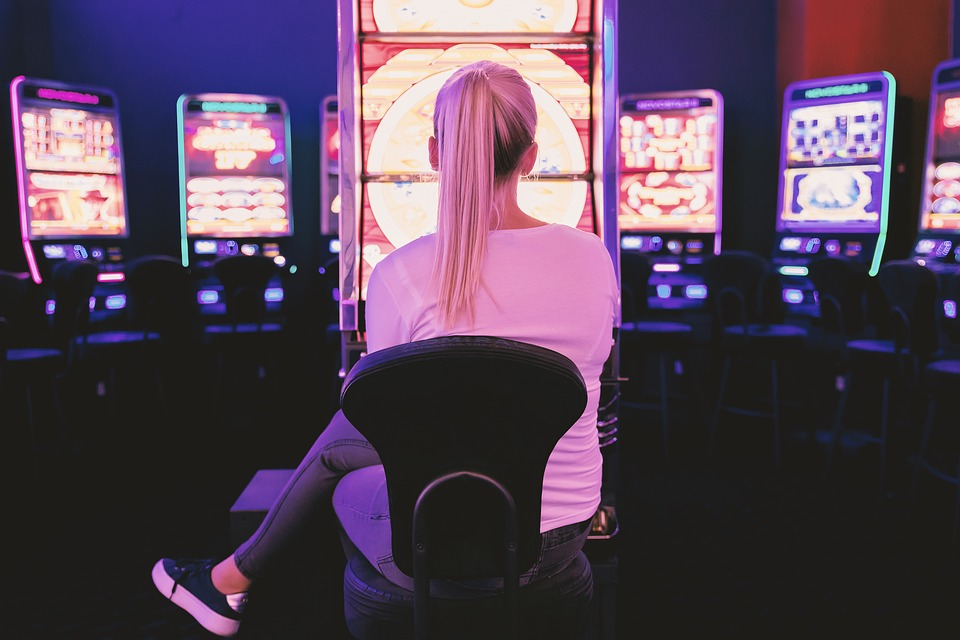 Why Playing in a Wide Area Progressive Machine Will Increase Your Chances of Winning a Jackpot